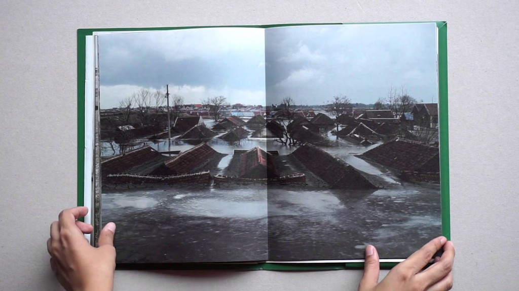 Tanah Yang Hilang by Mamuk Ismuntoro